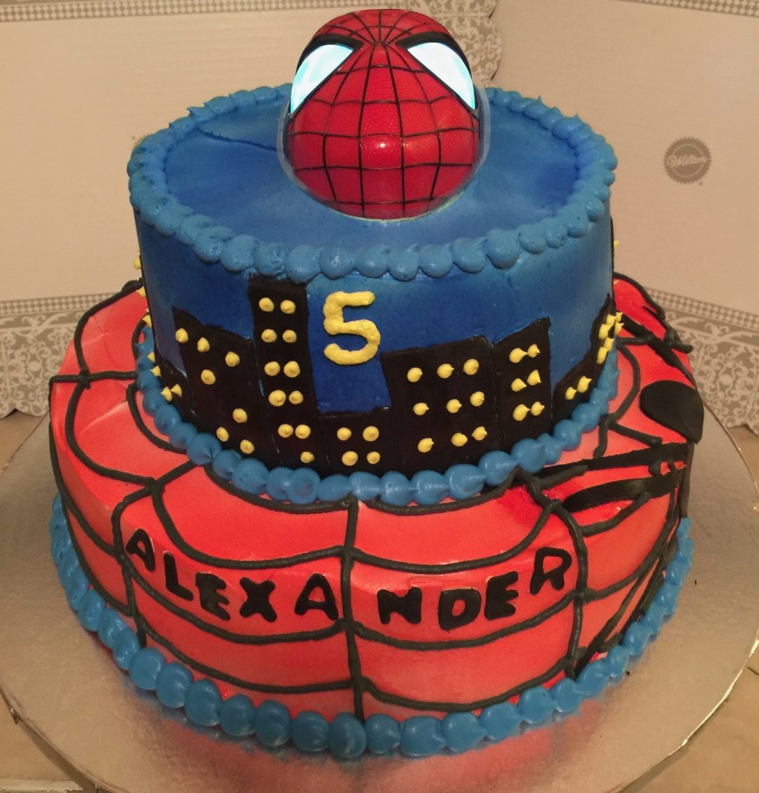 """Spider-Man Light Up Eyes"" Cake"