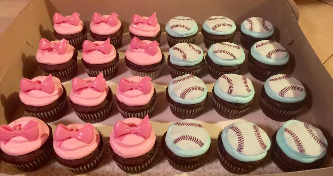 """Bows Or Baseballs?"" Baby Gender Reveal Cupcakes"