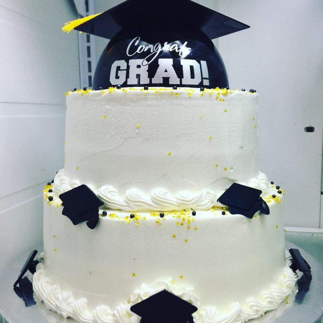 """""""Congrats Grad"""" Graduation Cake"""