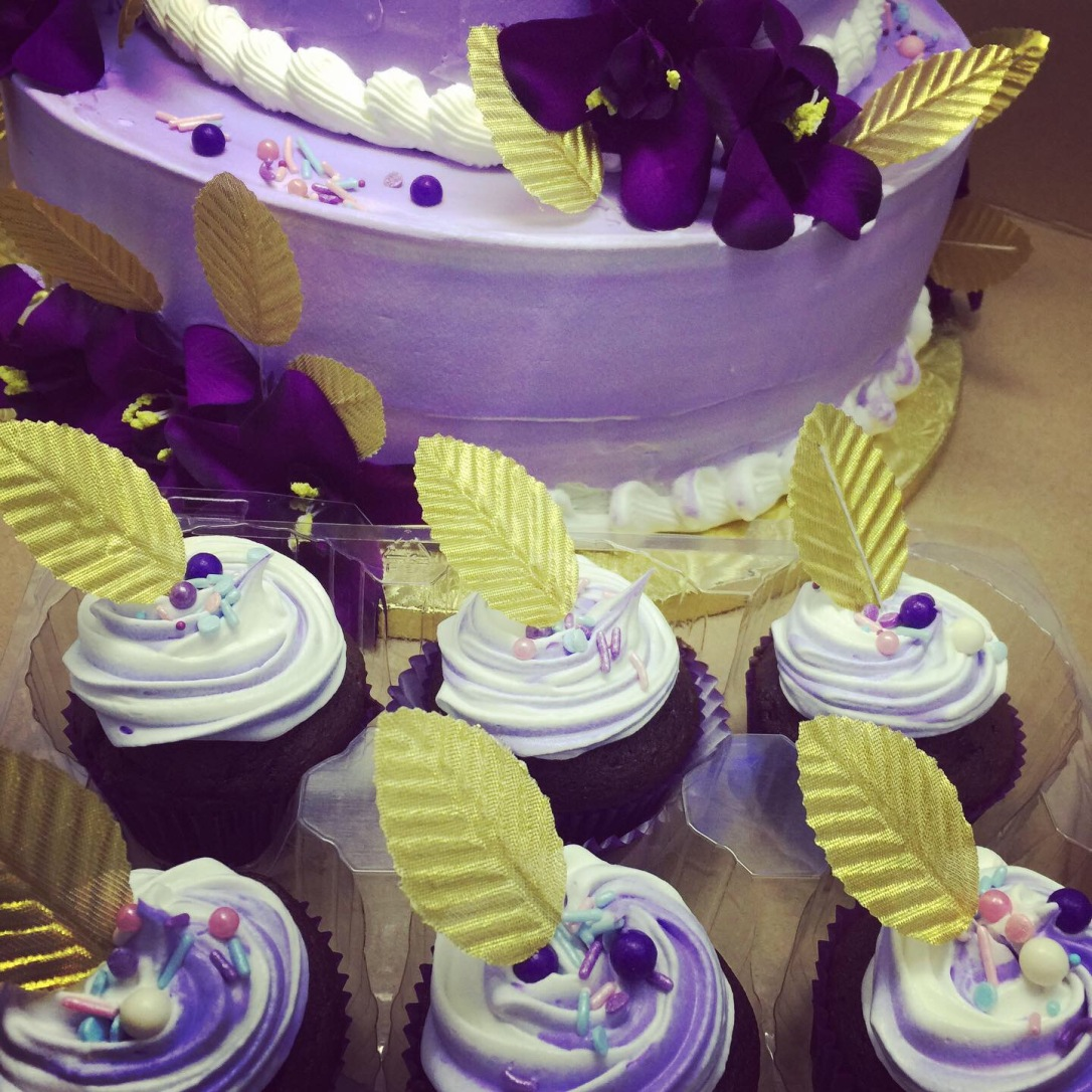 """40th Purple Flowers & Gold Leaves"" Birthday Cake & Cupcakes"