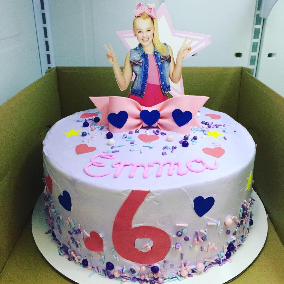 """Jojo Siwa"" Birthday Cake"